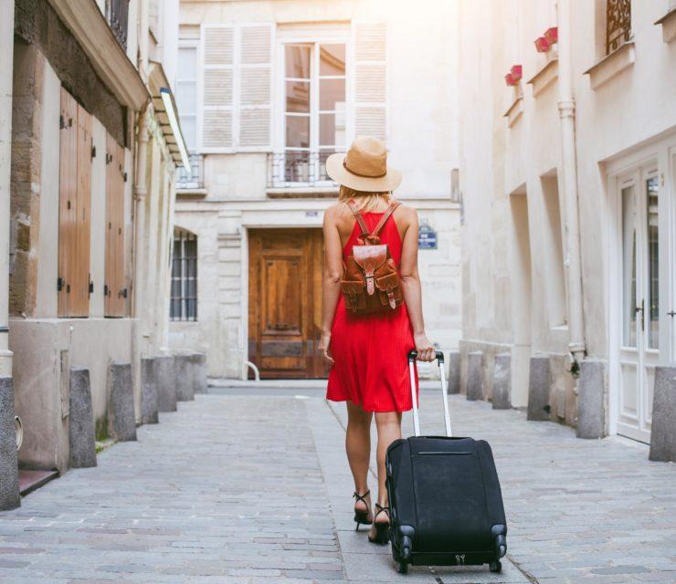 Szeretsz egyedül utazgatni? Gondoskodj a biztonságodról is!