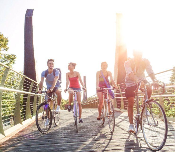 Biciklivel Amszterdamban, Berlinben: így tekernek ők!