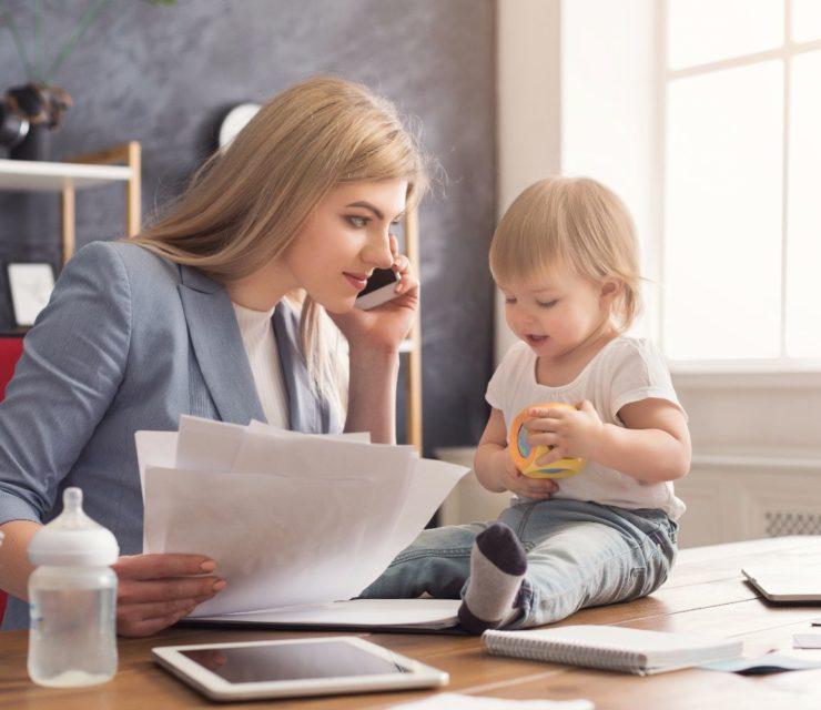 Mompreneur: Így lehetsz te is vállalkozó anyuka